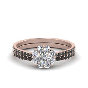 Floral Halo Wedding Ring Set
