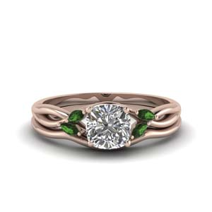 Emerald Twisted Diamond Ring Set