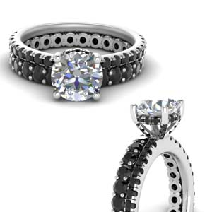 Hidden Halo Black Diamond Ring Set