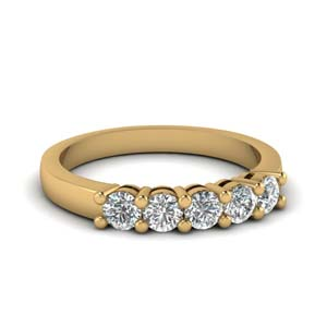 14K Yellow Gold Round Diamond Band