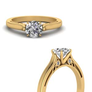 18K Gold Round Diamond Ring