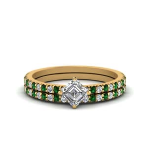 Emerald Delicate Diamond Wedding Set