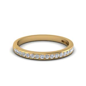 Gold Round Diamond Band