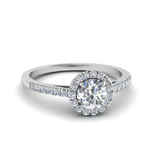 Beautiful Halo Round Diamond Ring