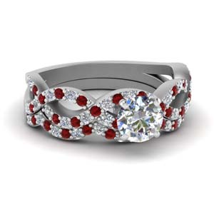 Round Diamond Ring Set With Ruby