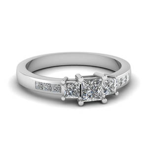 3 Stone Wedding Ring
