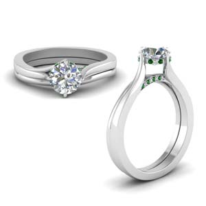 Swirl Prong Emerald Wedding Set