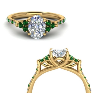 Oval Trellis Diamond Ring With Emerald