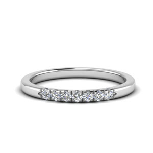 0.15 Ct. 7 Stone Womens Band