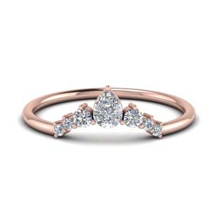 Curved Graduated Pear Diamond Band