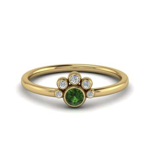 Unusual Emerald Ring