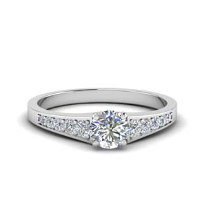 Graduated Pave Diamond Ring