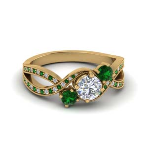 18k Gold Emerald 3 Stone Ring
