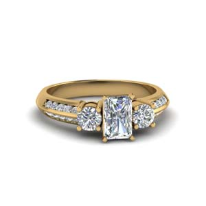 Radiant Cut Moissanite Rings