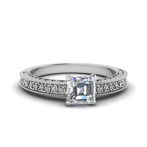Celtic Design Single Diamond Ring