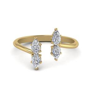 18K Gold Pear Diamond Ring