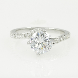 Simple 7 Mm Round Moissanite Ring
