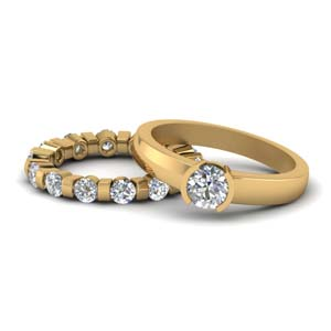 18K Gold Solitaire Ring Wedding Set