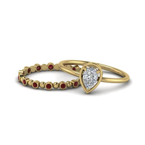 Pear Petite Ruby Wedding Ring Set
