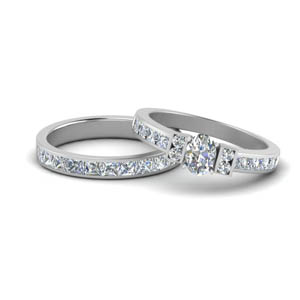 White Gold Oval Shaped Wedding Sets