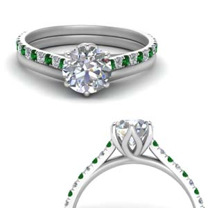 Cathedral Wedding Set With Emerald