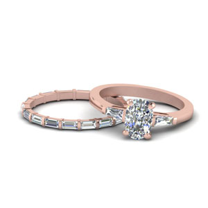 cushion-cut-petite-baguette-diamond-wedding-set-in-FD9111CU-NL-RG