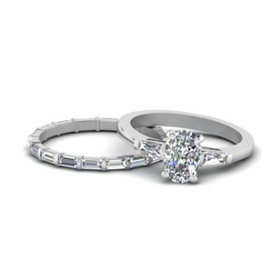 Cushion Cut Baguette Bridal Set