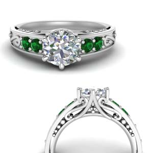 Emerald Vintage Looking Ring