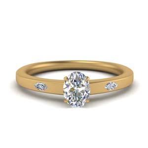 3 Stone Oval Engagement Rings