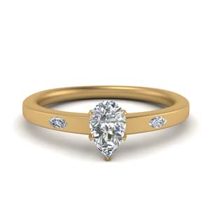 Flat 3 Stone Wedding Ring Gold