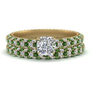Pave Emerald Wedding Ring Set