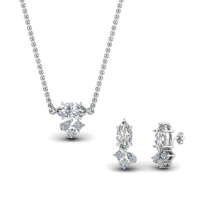Diamond Pendant With Earring Set