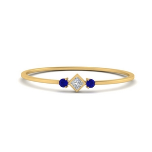 Petite Gold 3 Stone Band Ring
