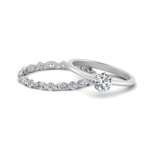 Solitaire Diamond Ring With Band