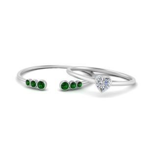 Heart Solitaire Ring With Emerald Band