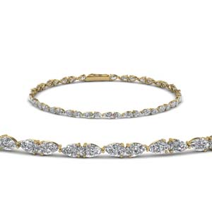 Single Line Pear Diamond Bracelet