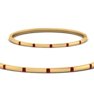 Thin Bracelet With Ruby