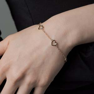 Gold Open Heart Chain Bracelet