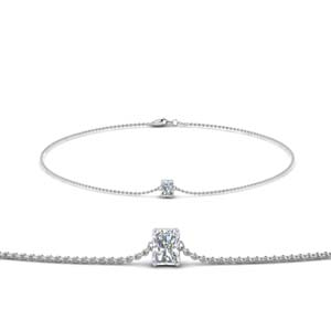 Chain Bracelet With Radiant Diamond