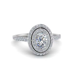 18K White Gold Oval Halo Ring