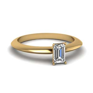 Emerald Cut Single Diamond Ring