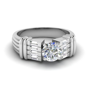 Baguette Round Diamond Ring