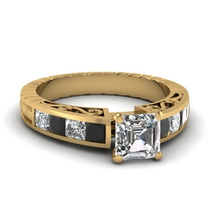 Filigree Square Diamond Ring