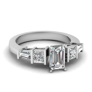 Art Deco Bar Diamond Ring