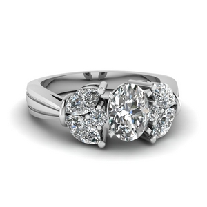 Oval Shaped Vintage Engagement Rings