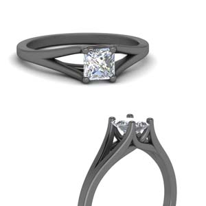 Trellis Solitaire Split Shank Ring