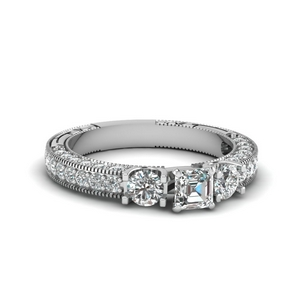 Vintage Style 3 Stone Diamond Ring