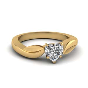 Leaf Contour Single Diamond Ring