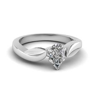 Leaf Design Solitaire Ring