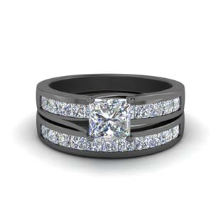 Channel Diamond Black Gold Bridal Set